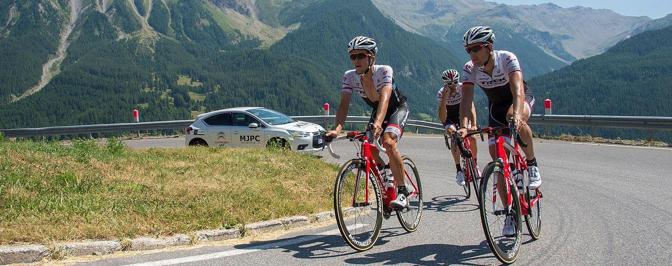 De klim van Orcières met de racefiets (© Gilles Baron)