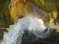 Canyoning Guides Champsaur Valgaudemar - © Guides Champsaur Valgaudemar